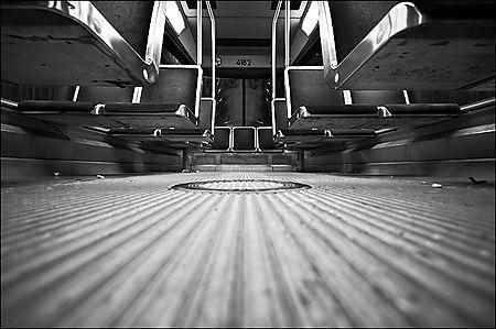 Streetcar_low_pov_reverse_03