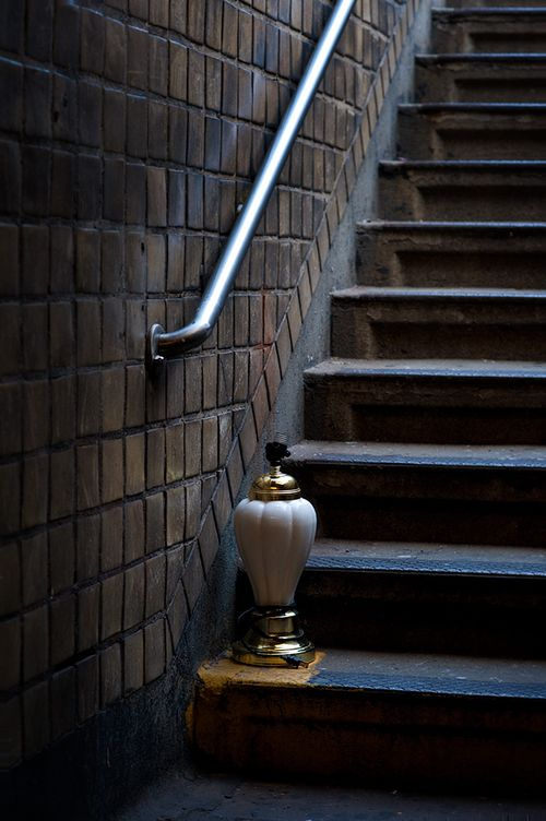 Subway-steps-lamp