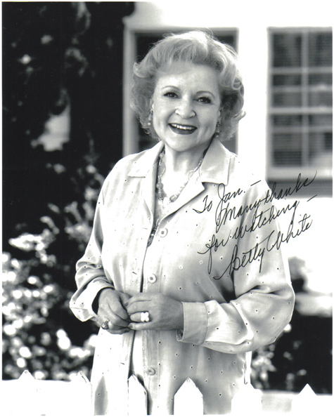 Betty_White-r108696