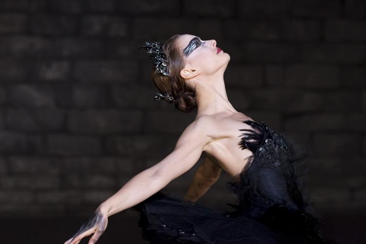 Black-Swan-natalie-portman-17392128-2560-1707