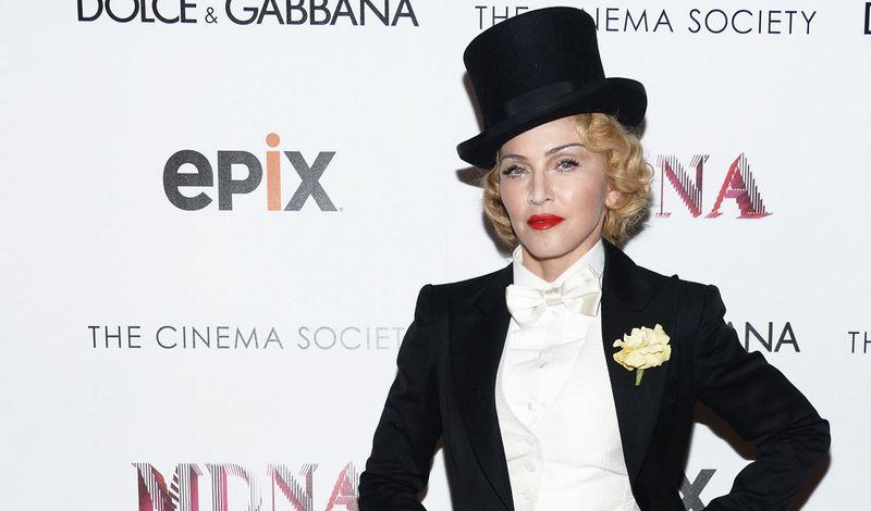 Madonna_paris